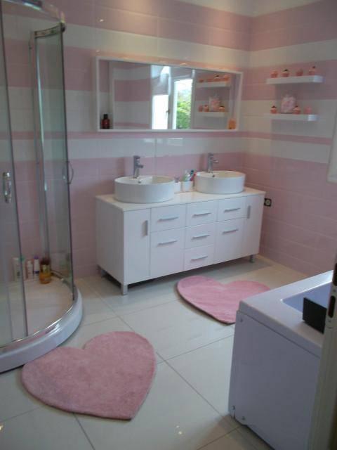 Reforma de baño Nata y Fresa